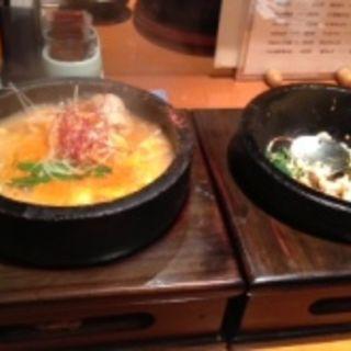 ミニチゲ鍋とミニビビンバセット(大阪焼肉松屋)