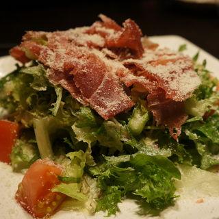 パルマ産生ハムと7種の野菜サラダ(五十松)