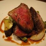 イボチ肉のステーキ