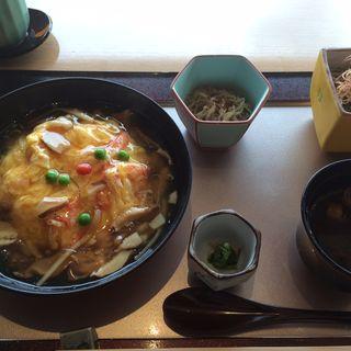 蟹玉丼ランチ(中村孝明名古屋)