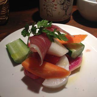 季節野菜と生ハムのクリュディテ(ん・bistro)