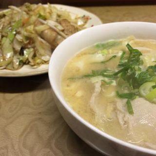 野菜炒め定食(+豚汁)(多津田食堂)