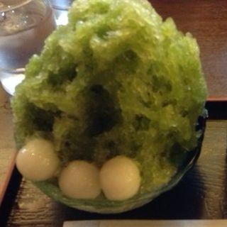 抹茶かき氷 白玉トッピング(甘辛茶寮)
