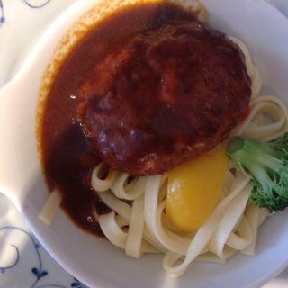 煮込みハンバーグ(京都ホテルオークラ ザ・ガーデン岡崎)