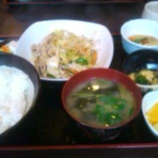 野菜炒め定食(新喜)