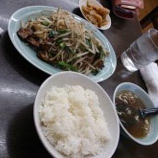 レバニラ定食(中華料理大吉亭)