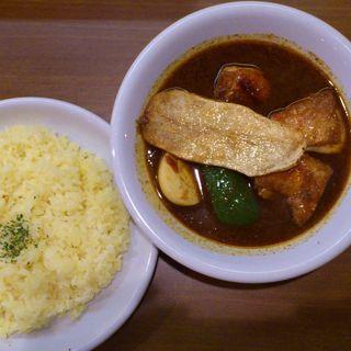 チキン焼きポテトカレー(カレーリーブス)