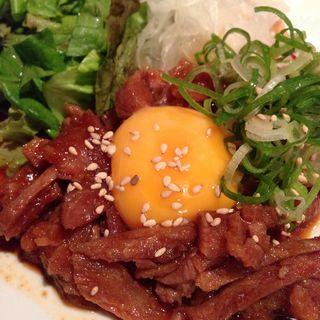 まぐろのほほ肉ユッケ(ほっとけや 室町店)
