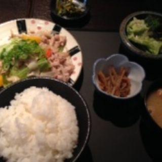 塩豚野菜炒め(大よし 堺筋本町店)