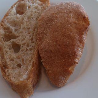 自家製パン(カフェ    イル      レガーロ)