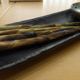 姫筍の炭火焼き(益吉 (ますきち))