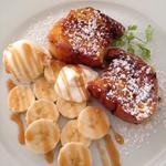 キャラメルバナナのフレンチトースト