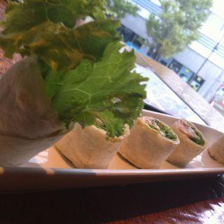 ランチセット ラップサンド(NUTS CAFE trip)