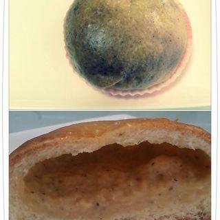 紅茶クリームパン(げっか堂)