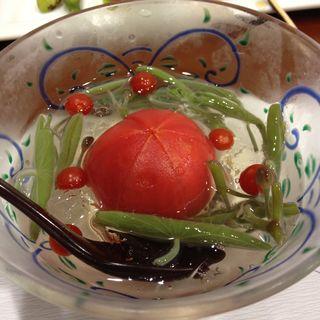 冷やしトマトとジュンサイ(ささ川 )
