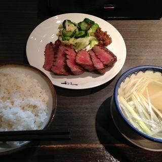 牛たん 極定食(牛たん炭焼き 利久 一番町店 (ぎゅうたんすみやき りきゅう))