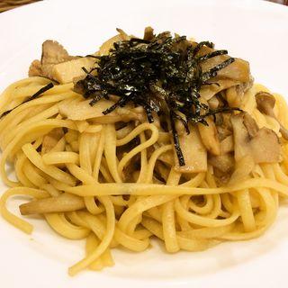 いろいろ茸と若鶏の和風ソースパスタ(ルフラン レストラン)