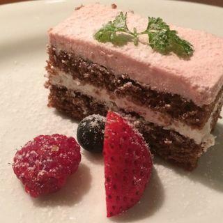イチゴのショコラケーキ(La Brasserie Laugh (ラ ブラッセリー ラフ))