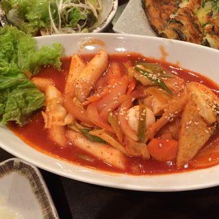 トッポッキ(韓国家庭料理 イタロー (李太郎))