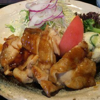 鶏の照り焼き定食(ご飯や 旬)