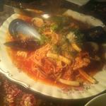 ムール貝と季節野菜のトマトパスタ
