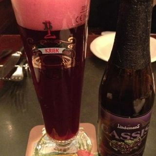 リンデマンス カシス(ベルジアンビア・カフェ アントワープ セントラル (Belgian Beer CafeAntwerp Central))