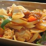 鶏とカシューナッツ炒め(ガイパットメットマムアン)(サバイクラパオ )