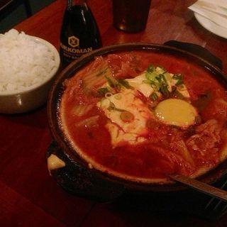 スンドブ(豆腐チゲ)(VILLAGE YOKOCHO)