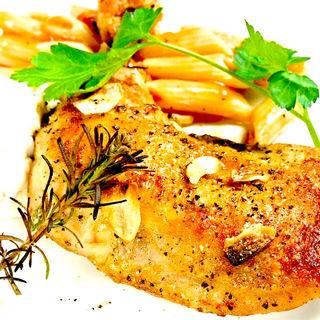 鶏もも肉のコンフィ (クー チーズ キッチン (Qoo cheese kitchen))