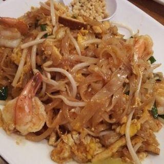 Shrimp pad thai(SRIPRAPHAI THAI RESTAURANT)