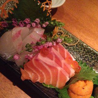 魚お造り盛り(アスヘノトビラ (【旧店名】サヨナラノアト))