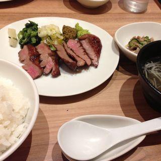 牛タン定食(杜 )
