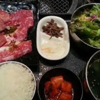 ネギ塩牛タンと山形牛カルビセット (土古里 Colette・Mare みなとみらい店 (トコリ))