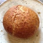 つぶ麦パン