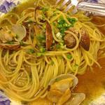 あさりときのことバジルの和風スープ(ルイジアナママ 京田辺店 (Louisiana mama))