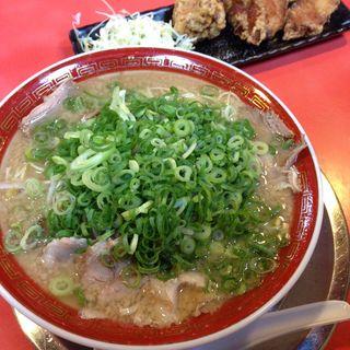 龍仙(並)+唐揚げ定食(龍仙 (りゅうせん【旧店名】龍龍軒))