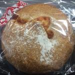 トマトジャムとクリームチーズのパン