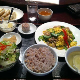 ランチ 日替わり定食(サンコウエンチャイナ・カフェ アンド ダイニング (SANKOUEN CHINA CAFE & DINING))