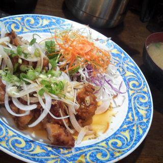 鶏の唐揚げ定食(夢の郷)