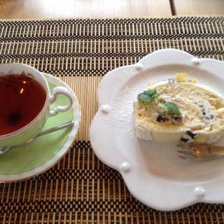 きな粉のロールケーキ(カフェ マグノリア )