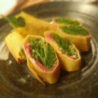 ほうれん草の卵巻きサラダ(海物山物)