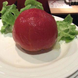 丸ごとトマトのサラダ(勝どきワイン食堂ミキ )