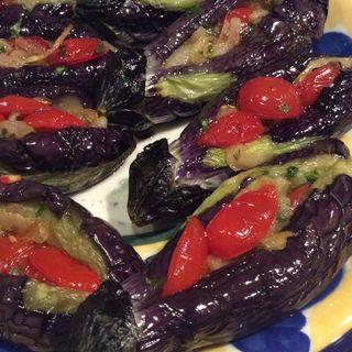 トルコの揚げ茄子の野菜詰め(勝どきワイン食堂ミキ )