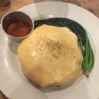 ランチ パンケーキチェダーチーズ&スピナッチ(ナンバー・エー (NUMBER A))