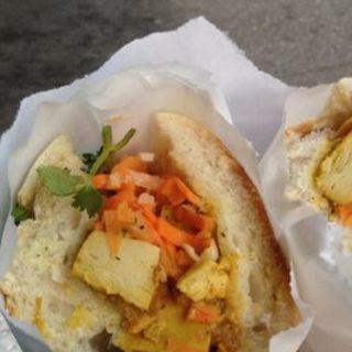 Chicken curry sandwich(Saigon Vietnamese Sandwich Deli)