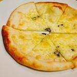 自家農園の前菜3品と自家製手のばしピザセット