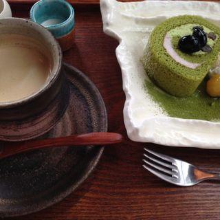 ケーキセット(マメゾウアンドカフェ 中之島店 (Mamezo&Cafe))