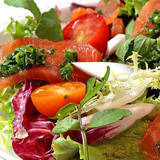 モリ盛りサラダ(JIYUGAOKA SIMPLE DISH)