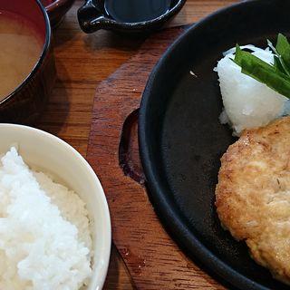 鶏肉と大麦の豆腐ハンバーグ紫蘇おろしポン酢(ナチュラルキッチン イオンモールりんくう泉南 (Natural Kitchen))