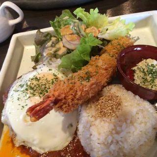 ジャンボ海老フライ定食(アンモナイト)